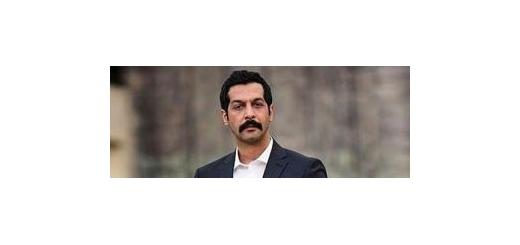 در هفته اول پاییز و به میزبانی سالن «ایوان شمس» تهران «کامران تفتی» برای اولینبار از «عکس زمستونی تهران» میخواند