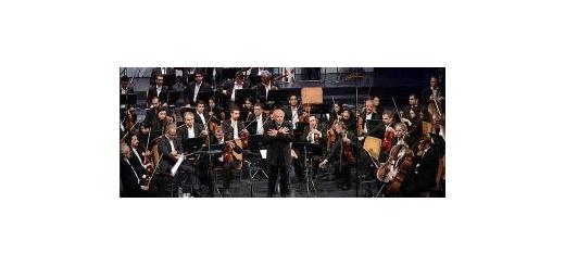حاشیهای دیگر بر فعالیتهای ارکسترها؛ فرهاد فخرالدینی و علی رهبری، جلسهی شورای ارکسترها را ترک کردند موسیقی ما - در حالی که عمر زیادی از احیای دوبارهی ارکسترهای ملی و سمفونیک نمیگذرد، از همان ابتدا این ارکسترها با مشکلات متعددی مواجه شد و حالا بار دی