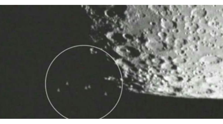 ناوگان فرازمینی ها در بخش تاریک ماه