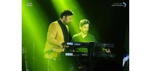 گزارش متنی و تصویری «موسیقی ایرانیان» از کنسرت «محمد علیزاده»