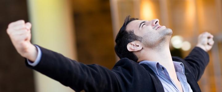 یک مصاحبه: توصیه دکتر دارابی برای موفقیت و حرفه ای شدن در حسابداری