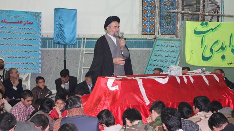 مراسم شبی با شهدا در مسجد حضرت امام خمینی (ره) برگزار شد