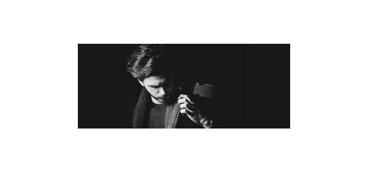 «درد و نفرین» و «ای ایران» در کنسرت ارکستر آریابانگ اجرا میشود امید همدانی: بزرگترین افتخار هر خوانندهای، خواندن برای کشورش است