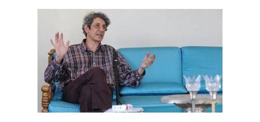 نادر مشایخی: موسیقی پاپ همانند آدامس است