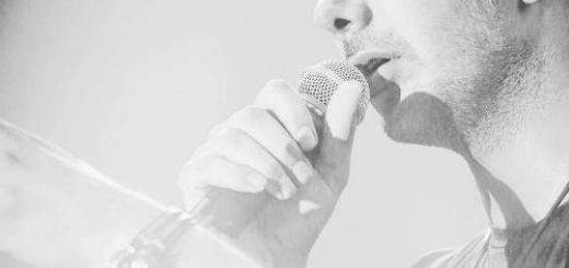 دانلود موزیک ویدیو فرزاد فرزین روزای تاریک + متن اهنگ روزای تاریک فرزاد فرزین