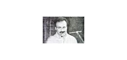 محمد موسوی    محمد موسوی، نوازنده چیره دست نی، بداهه پرداز و ردیف دان، سال 1325 در خوزستان به دنیا آمد  وی ابتدا به سازویولن  علاقه داشت، اما بعد از شنیدن صدای نی استاد  حسن کسایی از رادیو شیفته این ساز شده و به این ترتیب بودکه به شکل خود آموز صدای نی را ا