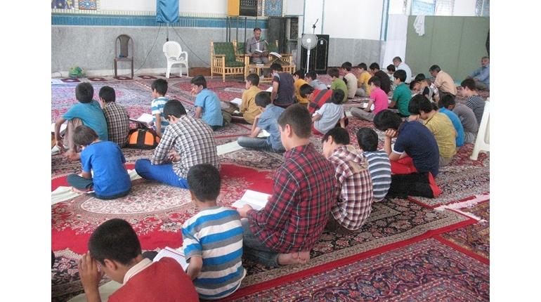 مراسم جزء خوانی قرآن کریم ویژه اعضای کانون در روز های پایانی + مراسم قرعه کشی
