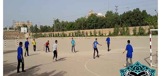 مسابقه فوتبال 11 اردیبهشت 94