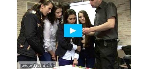 نقش آموزگاران در حل مشکلات دانش آموزان در بیرون از مدرسه