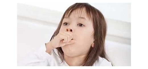 درمان های خانگی برای سرفه کودکانش